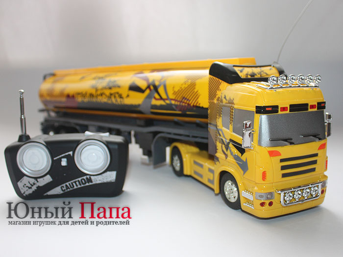 Радиоуправляемый грузовик Rui Chuang Heavy Truck QY0202D