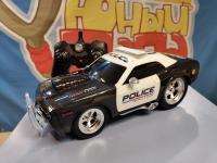Радиоуправляемая полицейская машина из серии Muscle Сar 1/16 свет и звук