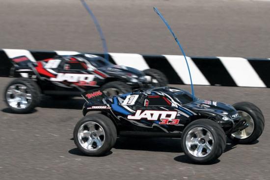 Радиоуправляемая машина Traxxas Nitro Jato 3.3
