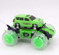 Радиоуправляемая машина-перевертыш Bubble Car зеленая - 333-PP01