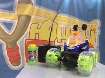 Большая трюковая машинка перевертыш с мыльными пузырями