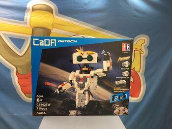 Радиоуправляемый конструктор CaDA TECHNIC C51027W робот KAKA 2.4G (710 деталей)