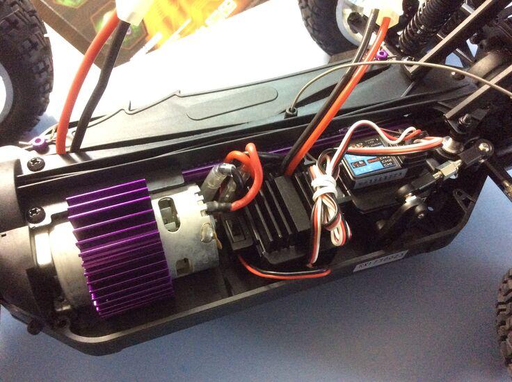 Радиоуправляемый джип HSP CRAZYIST Electric Off-Road Car 4WD 1:10 - 2.4G