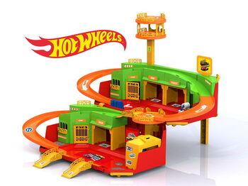 Игровой набор парковка ХОТ ВИЛС с вертолетной площадкой 45х27,5х15,5 см