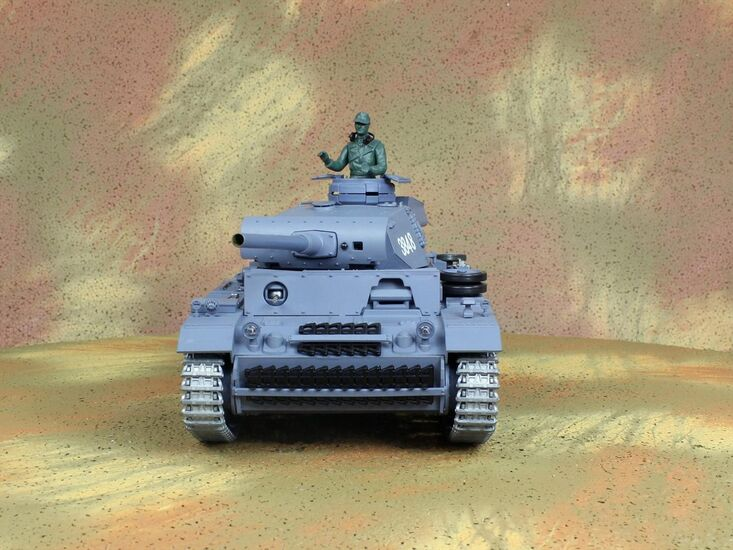 Радиоуправляемый танк Heng Long Panzerkampfwagen III 3848-1 PRO Professional Version 1:16
